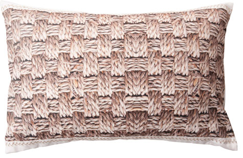 Kudde Rush i polyester med flättryck, 90x60 cm, 639 kr, Ilva.