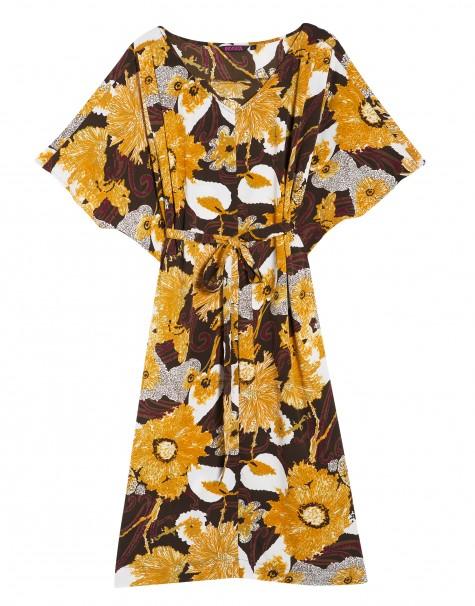 Blommig klänning, 499 kr. Indiska