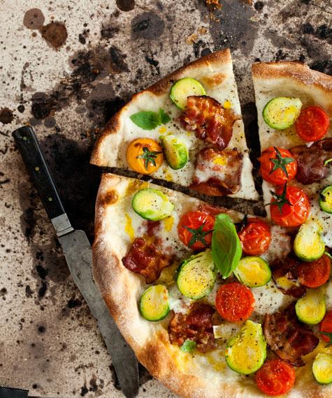 PANCETTA & BRYSSELKÅL PIZZA