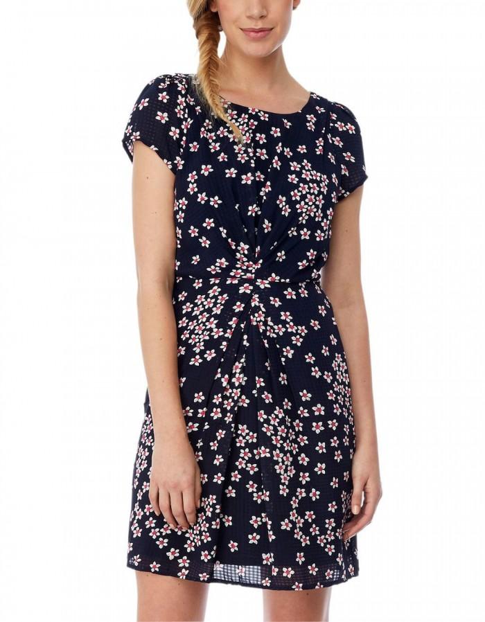 blommig kort klänning