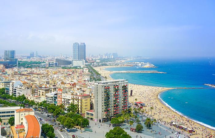62c4c37e6ac3 Weekendresor i vår – Barcelona och Spanien är ett solsäkert val.
