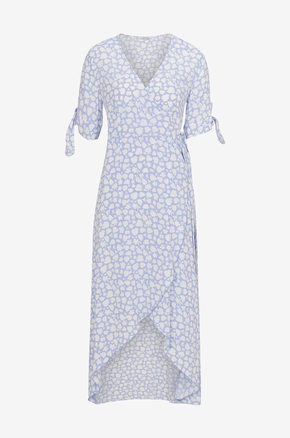 66b0304e8243 14 somriga klänningar du kan börja bära direkt | Femina