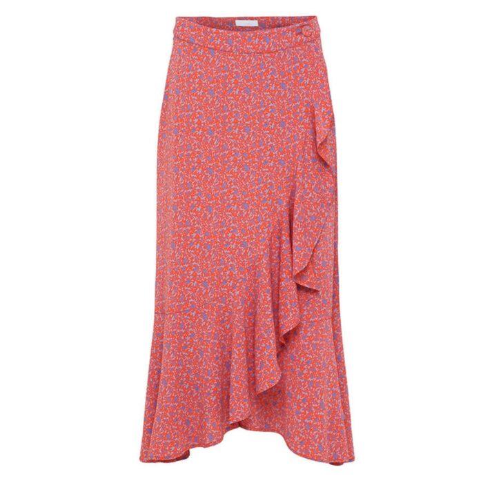c69fdf6fceed Röd kjol med mönster från 2ND DAY. Här kan du köpa den (reklamlänk via  Adtraction) .