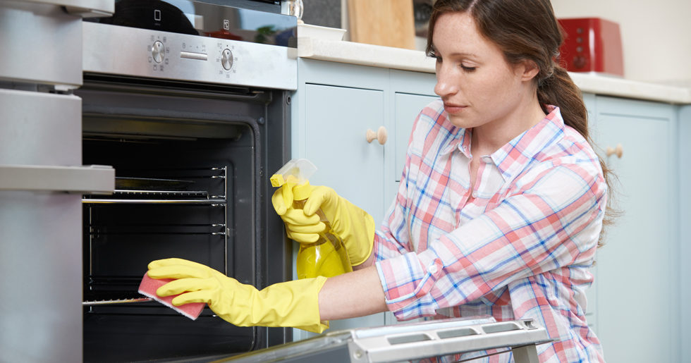 rengöra diskmaskin med bikarbonat