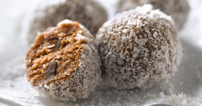 chokladbollar utan socker och dadlar
