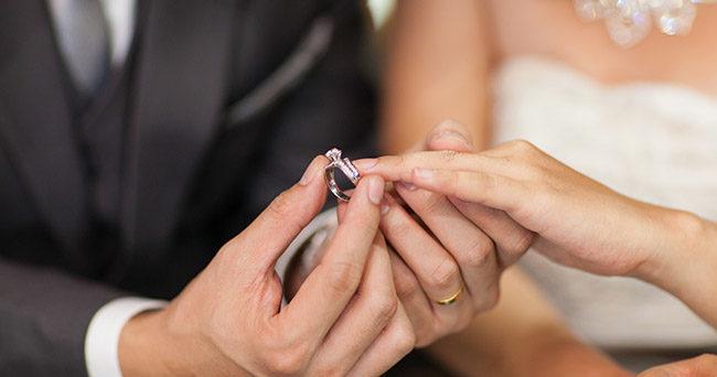 54068a1e641e 5 viktiga saker – det här måste ni tänka på innan ni gifter er | Femina