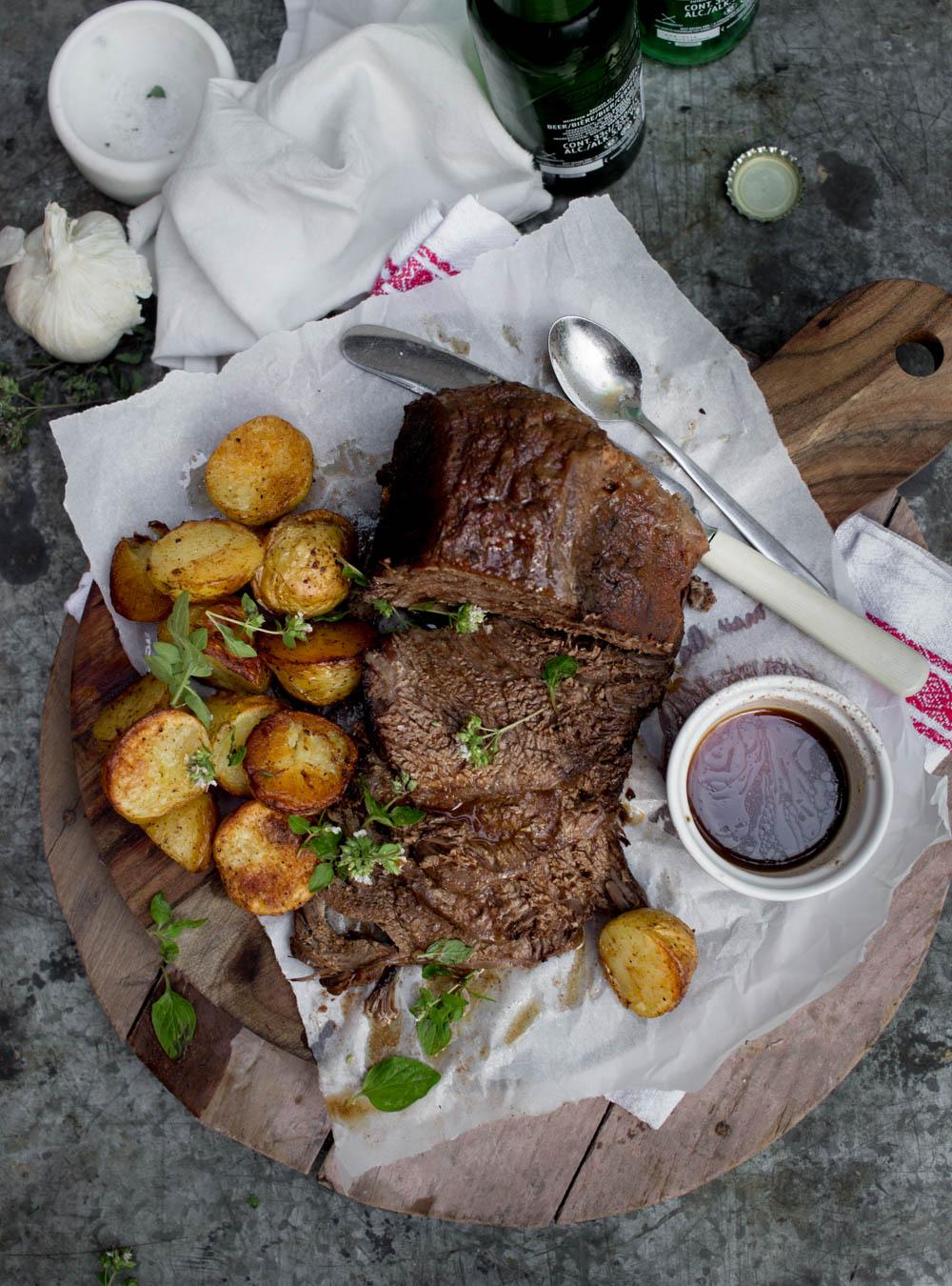 slow cooker kött