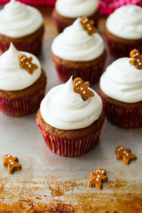 pepparkakor pepparkakshus julpyssel cupcakes