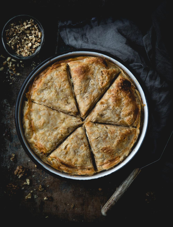 Ugnbakade pannkakor med vitlök – pitulici so luk